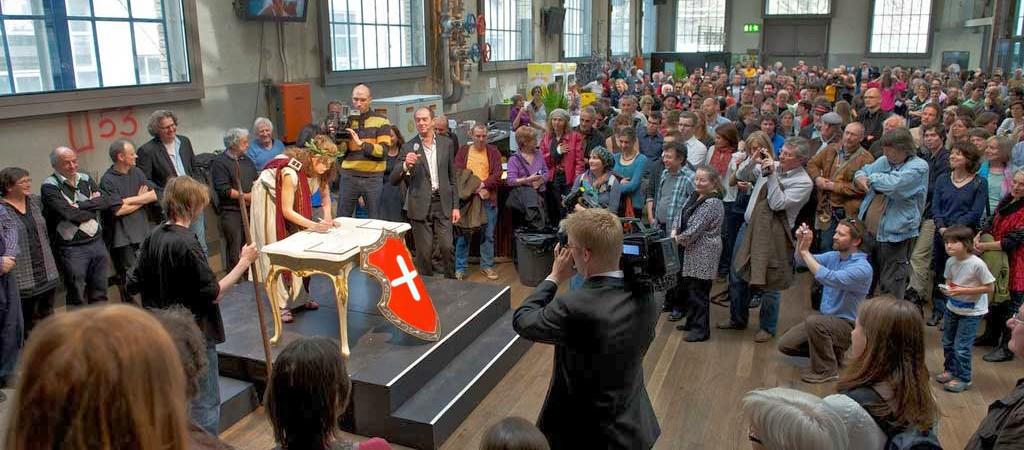 """Referendum in Svizzera per il """"reddito di cittadinanza"""