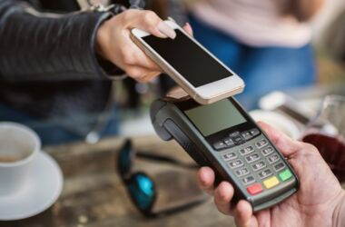 Cashless-Society-Feature