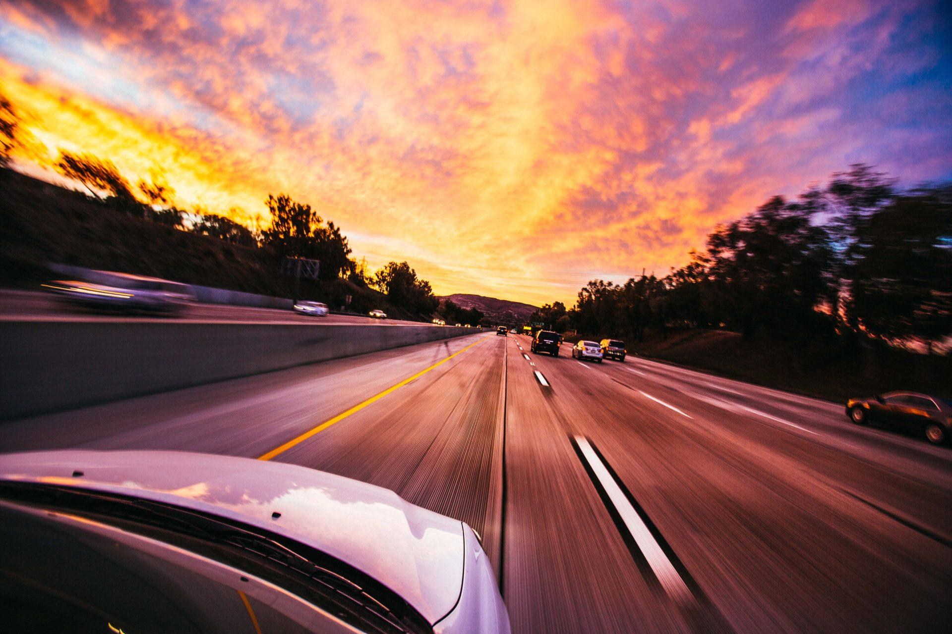 Viaggio-in-auto-1920x1280