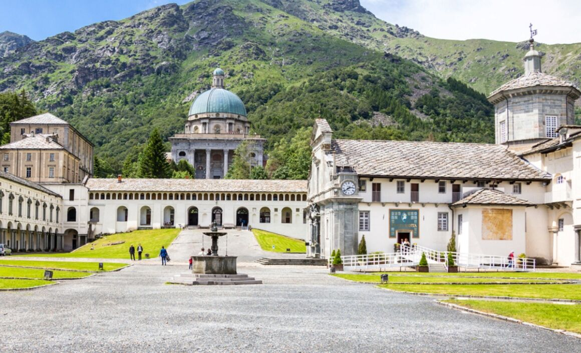 Francobollo Santuario di Oropa